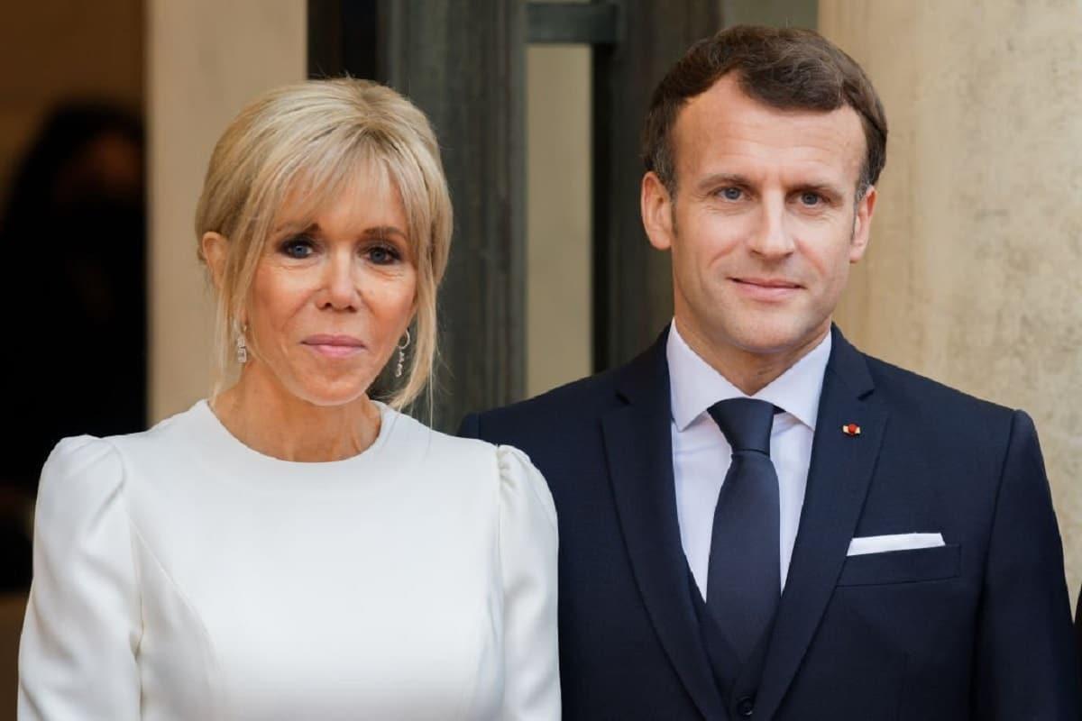 Brigitte et Emmanuel Macron « se roulant des pelles », font d'étonnantes révélations sur leur couple