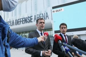 Affaire Pr Didier Raoult : le silence du ministre de la santé, Olivier Véran, agace !